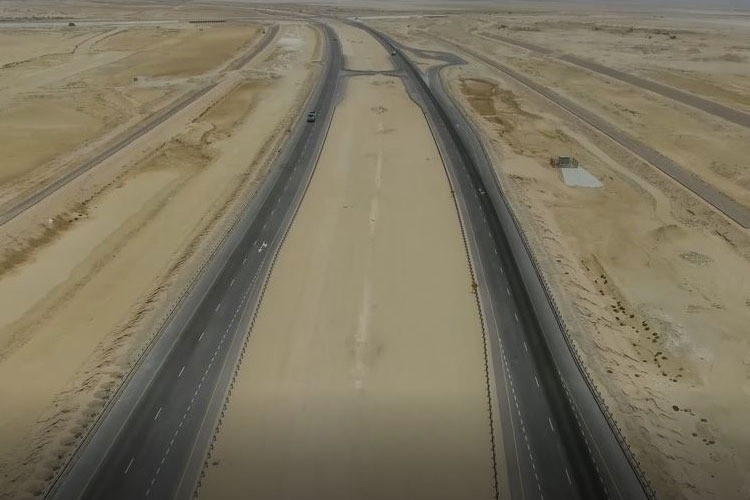 Construction of Road Nos 1 & 5 and Drainage Systems at Duqm Port
